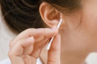 Jak prawidłowo czyścić uszy?
