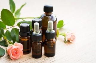 Naturalne olejki do twarzy. Jak dobrać olej do rodzaju i potrzeb cery?