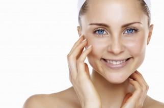 Jak dbać o cerę tłustą i trądzikową? Oleje i olejki do pielęgnacji skóry