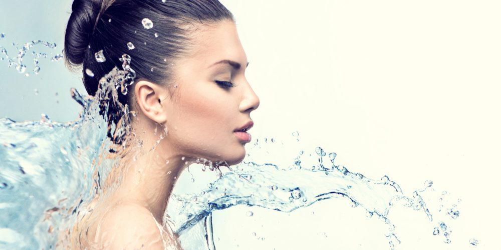 Jakie składniki kremów ujędrniają twarz?