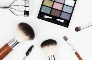 Jak malować rzęsy? Kilka przydatnych sztuczek dla pięknego makijażu oczu