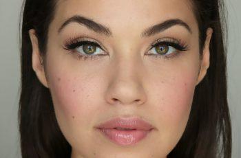 Makijaż na co dzień. 3 propozycje, które pasują do każdej twarzy