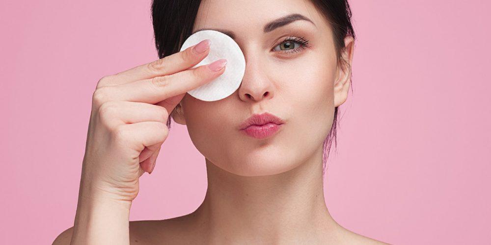 Demakijaż wodą i olejami – oczyśc skórę jak profesjonalistka